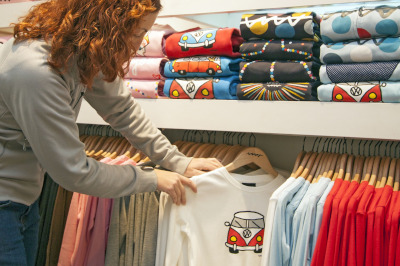 COMMON MISTAKES TO AVOID BEFORE MASS PRODUCING YOUR CLOTHING LINE