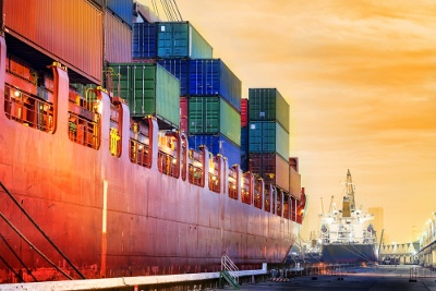 importing tips to keep your shipments on schedule